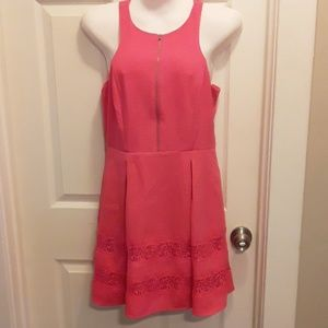 Express Dress in Tropical Pink